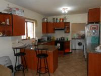 Kitchen - 16 square meters of property in Halfway Gardens
