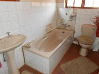 Bathroom 2 - 3 square meters of property in Dalpark