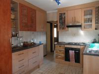 Kitchen - 14 square meters of property in Dobsonville
