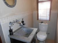 Bathroom 1 - 2 square meters of property in Ruimsig