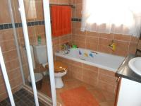 Bathroom 1 - 6 square meters of property in Rietvalleirand