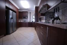 Kitchen - 35 square meters of property in The Wilds Estate