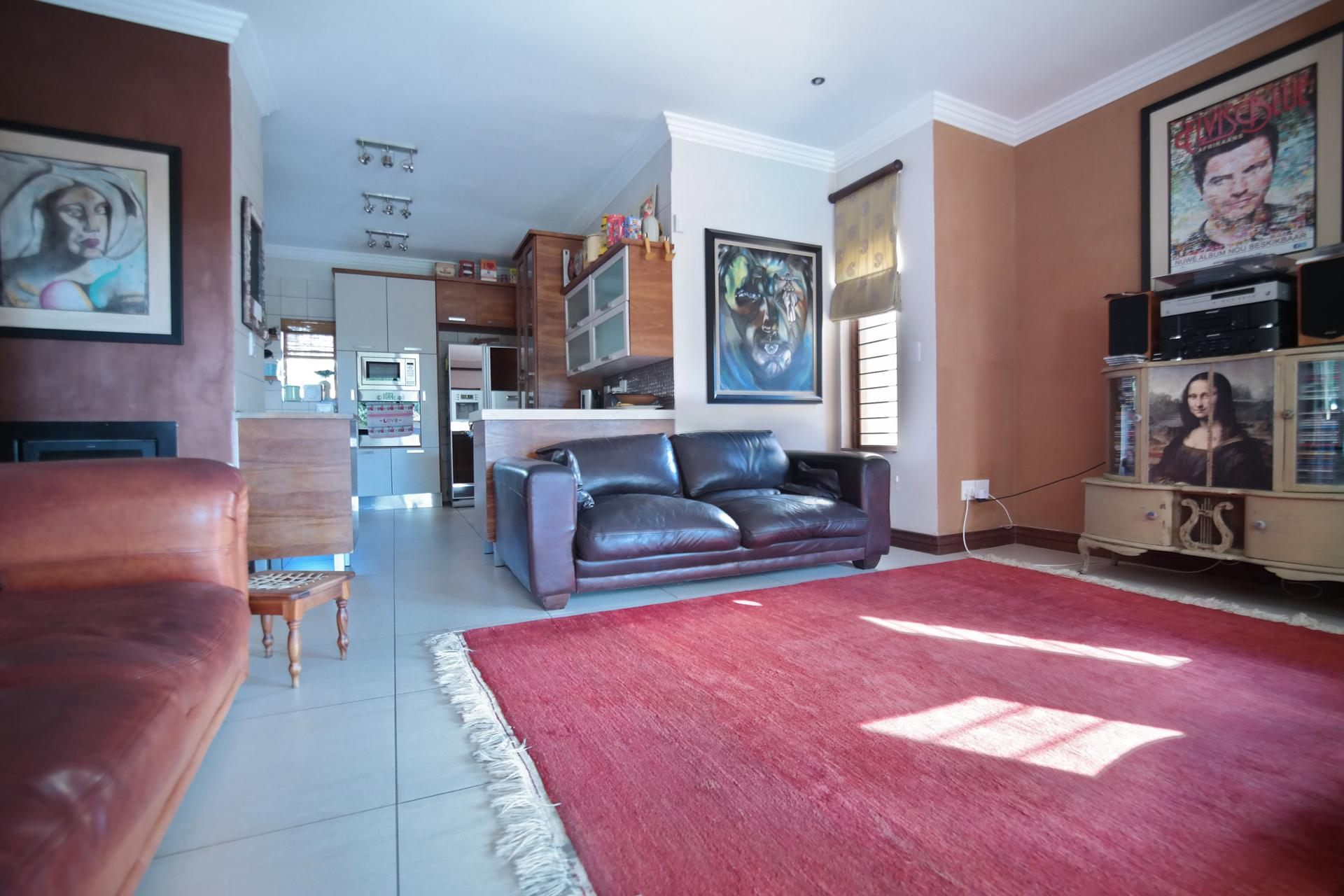 TV Room - 26 square meters of property in The Wilds Estate