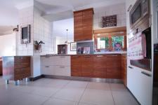 Kitchen - 26 square meters of property in The Wilds Estate