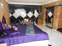 Main Bedroom - 62 square meters of property in Newlands - JHB