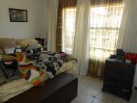 Main Bedroom - 16 square meters of property in Karenpark