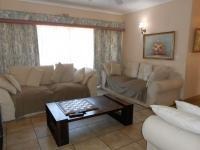 Lounges - 57 square meters of property in Benoni