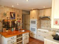 Kitchen - 58 square meters of property in Kosmos