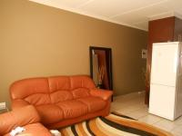 Lounges - 15 square meters of property in Meredale