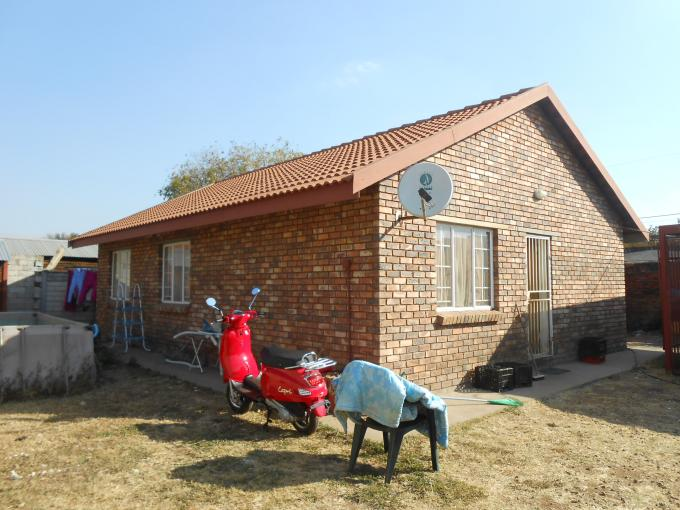 3 Bedroom Duet For Sale in Daspoort - Home Sell - MR114476