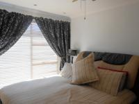 Main Bedroom - 18 square meters of property in Alan Manor