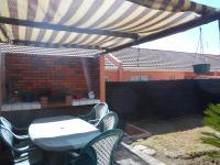Patio - 10 square meters of property in Alan Manor