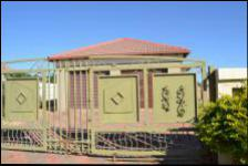 3 Bedroom 2 Bathroom House for Sale for sale in Chantelle