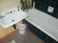 Main Bathroom - 3 square meters of property in Berea - JHB