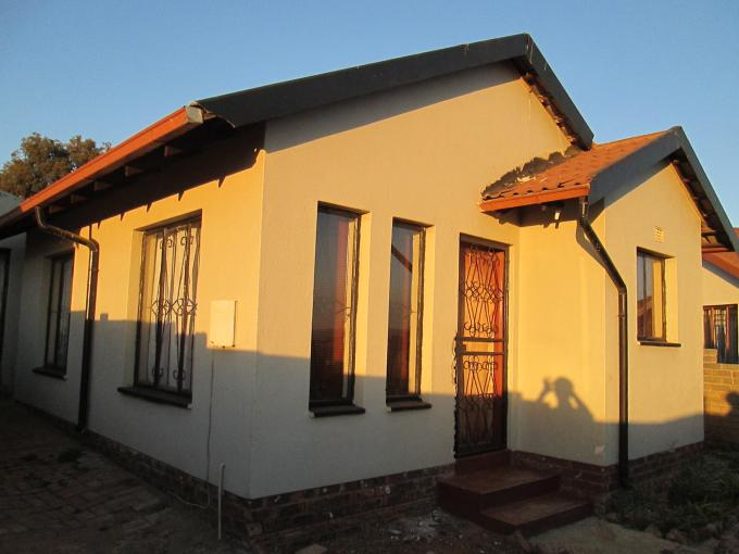 2 Bedroom House for Sale For Sale in Naturena - Home Sell - MR114616