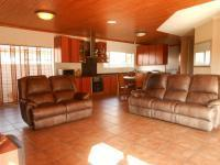 Lounges - 20 square meters of property in Potchefstroom
