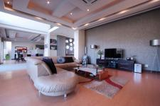 Lounges - 41 square meters of property in Silver Lakes Golf Estate