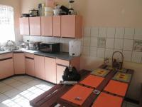 Kitchen - 29 square meters of property in West Village