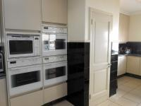 Kitchen - 45 square meters of property in Bedford Park