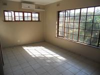 Main Bedroom - 16 square meters of property in Amanzimtoti