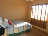 Bed Room 2 - 10 square meters of property in Rustenburg