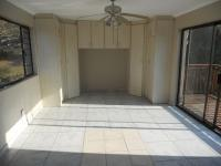 Bed Room 3 - 21 square meters of property in Amanzimtoti