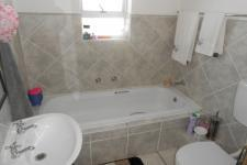 Bathroom 1 - 5 square meters of property in Protea Village