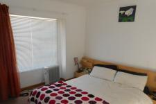 Bed Room 1 - 12 square meters of property in Protea Village