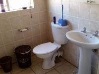 Main Bathroom - 5 square meters of property in Annlin
