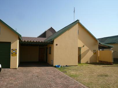2 Bedroom Simplex for Sale For Sale in Emalahleni (Witbank)  - Home Sell - MR11507