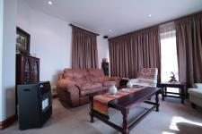 TV Room - 18 square meters of property in Woodhill Golf Estate