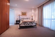 Bed Room 1 - 14 square meters of property in Woodhill Golf Estate