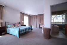 Bed Room 3 - 18 square meters of property in Woodhill Golf Estate