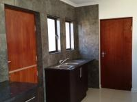 Kitchen - 17 square meters of property in Kosmosdal