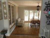 Lounges - 80 square meters of property in Menlo Park