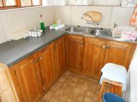 Kitchen - 20 square meters of property in Plettenberg Bay