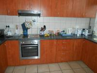 Kitchen - 10 square meters of property in Lynnwood