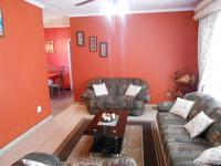 Lounges - 37 square meters of property in Alberton