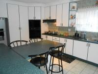 Kitchen - 24 square meters of property in Alberton