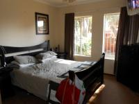 Main Bedroom - 15 square meters of property in Birchleigh North