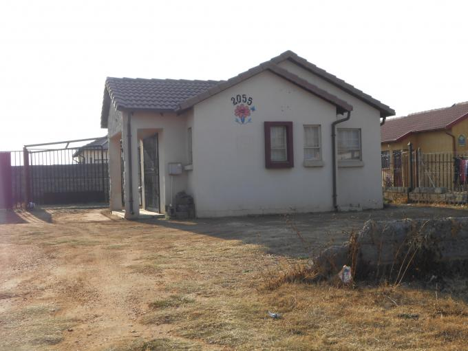 Standard Bank EasySell 3 Bedroom House For Sale in Payneville - MR115394