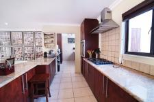 Kitchen - 36 square meters of property in Silver Lakes Golf Estate