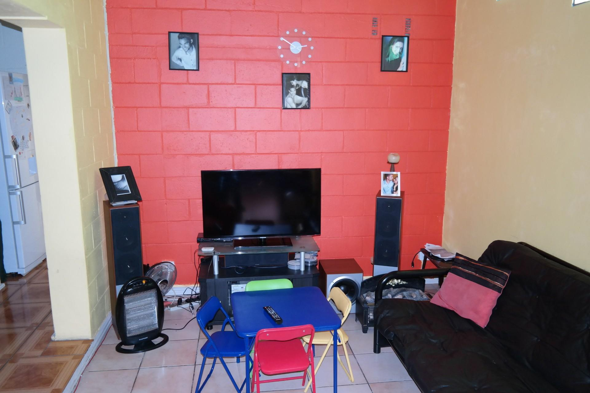 Lounges - 18 square meters of property in Mitchells Plain