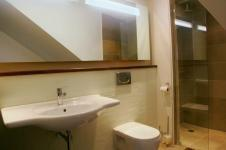 Main Bathroom - 12 square meters of property in Knysna