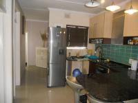 Kitchen - 9 square meters of property in Essenwood