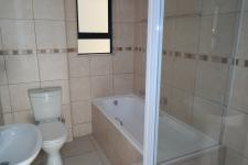 Bathroom 1 - 6 square meters of property in Bellville