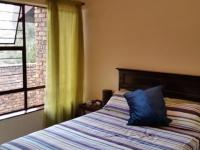 Bed Room 1 - 14 square meters of property in Eldoraigne