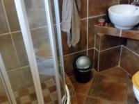 Bathroom 1 - 5 square meters of property in Eldoraigne