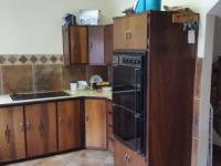 Kitchen - 17 square meters of property in Eldoraigne