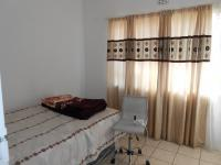 Bed Room 1 - 10 square meters of property in Birchleigh North